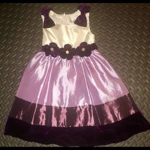Gorgeous RARE EDITIONS silky girls formal dress 5T